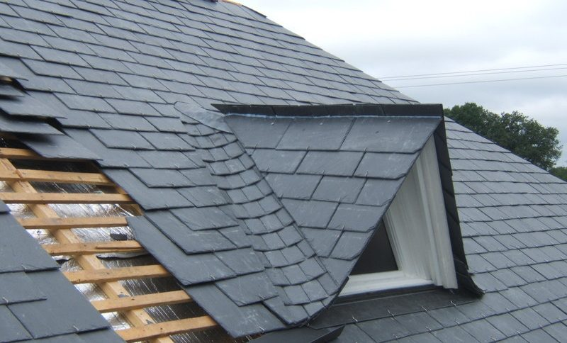 couverture toiture faible pente best la maison toiture plate dispose duune forme de couverture. Black Bedroom Furniture Sets. Home Design Ideas